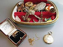 9ct Gold buckle ring, locket and chain and miscellaneous other costume jewellery