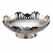 An English sterling silver pierced bonbon dish, maker Viners, Sheffield 1967.