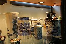 Old Chelsea Blue & White Teapot with Other Blue & White Wares including Royal Worcester