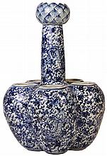 Chinese Blue & White Compound 'Tulip' Vase