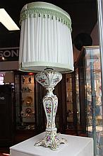 French Porcelain Hand Painted and Gilded Lamp (restoration, cracked)