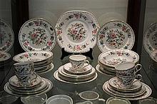 Collection of Aynsley 'Pembroke' Dinner &Tea Wares