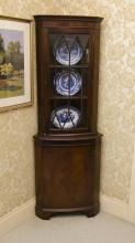 A matching pair of Georgian style timber corner cabinets, H 178cm