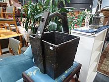 Chinese Timber Bucket