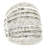 3.02ct. Round & Baguette Diamond Ring 18K