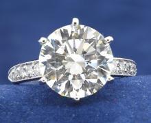 6.02ct. Center Round Diamond Ring 18K-EGL VS1-E