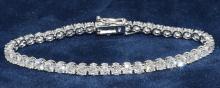 Bracelet (44) Round Brilliant Diamonds 8.28ct.tw 18K