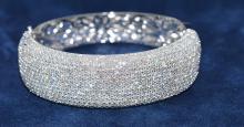 Bangle Round Diamonds 14.29ct.tw 18K