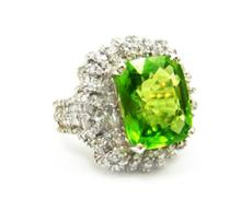 8.20ct. Center Peridot Ring 18K