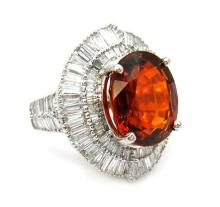 13.70ct. Center Spessartite Ring 18K