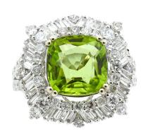 4.97ct.tw Center Peridot Ring 18K