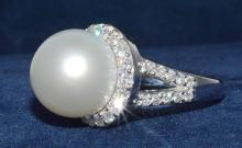 14.55mm White South Sea Pearl Ring 18K