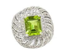 4.88ct. Center Peridot Ring 18K