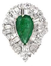 2.79ct. Pear Shape Natural Emerald Ring with GIA Report 18K