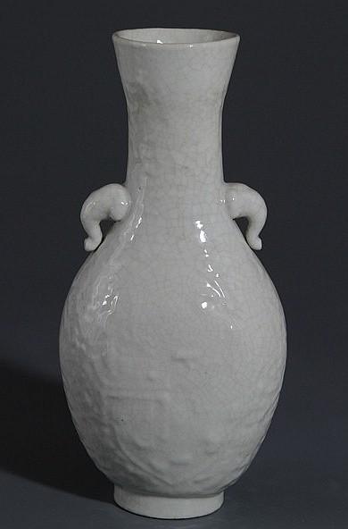 Ming Ge Kiln Porcelain Vase