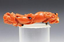 AN 18/19TH CENTURY RED CORAL BROOCH