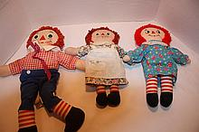 2 Raggedy Ann's,1 Andy, I love you on chest.