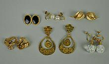 (6) PAIRS GOLD EARRINGS