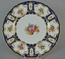 SET OF (12) ROYAL DOULTON CABINET PLATES