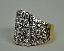 DIAMOND MODERN STYLE RING, 1.25CTW