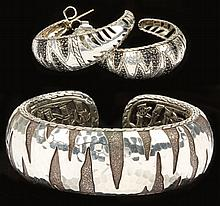 Two Pieces of Sterling Jewelry, John Hardy