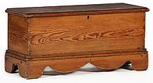 Virginia Diminutive Blanket Chest