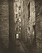THOMAS ANNAN und JAMES CRAIG ANNAN, Untitled (from the Series: The Old Closes and Streets of Glasgow), 1868. 1899