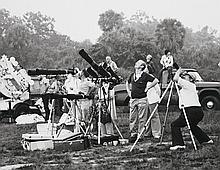 NASA, Photographers adjust equipment in preparation to record Skylab 3 liftoff, 1973
