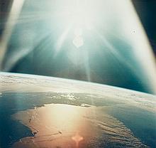 NASA, The morning sun reflects on the Gulf of Mexico and the Atlantic Ocean, Apollo 7, 1968