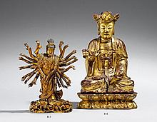 A lacquered and gilded wood figure of a Guanyin. 18th/19th century