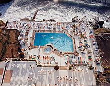Andreas Gursky, Schwimmbad/Teneriffa, 1987