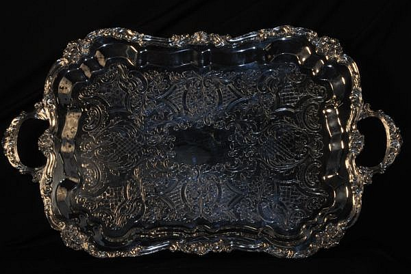 SHERIDAN SILVERPLATED SERVING TRAY