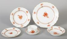 Herend Porcelain Dinner Service, 'CHINESE BOUQUET' Pattern in Rust