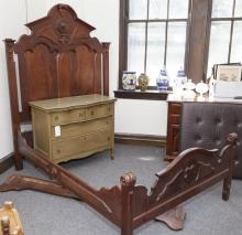 Antique American walnut Victorian bedstead