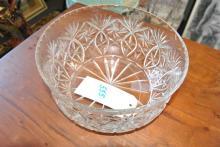 Cut glass bowl - diameter: 10 inches