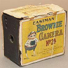 Vintage Eastman Kodak Brownie camera, no