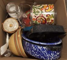 Collection of kitchenware including Dutch oven, stoneware bowl, ice bucket, etc...