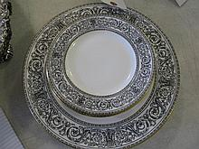 Fourteen Royal Doulton porcelain plates, BARONET pattern; 6 dinner and 8 bread/butter plates