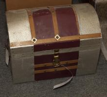 Diminutive treasure chest.
