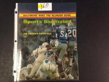 1971 Chuck Howley AUTOGRAPHED Sports Illustrated Magazine (1st appearance in Sports Illustrated)