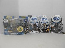 Star Wars  (The Clone Wars) Figures and Vehicle