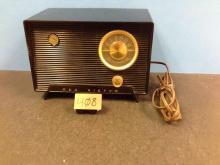 Antique RCA Victor Radio Model 6-X-5