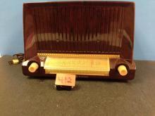Antique General Electric Radio Model 422