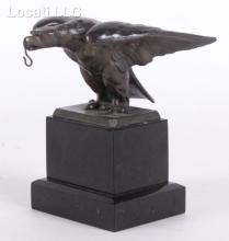 An Eagle Form Watch Holder