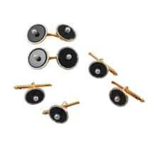 Gent's Luxurious Pearl & Onyx Stud and Cufflink 14KT Yellow Gold Set - #997