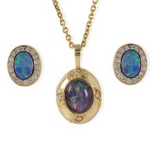 Majestic  3.50ctw Opal and Diamond 14KT Yellow Gold Necklace Earrings Set - #100