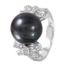 Glistening XOXO Design 14KT White Gold Pearl and Diamond Ring - #1257