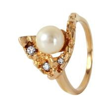 Retro Modern Pearl and Diamond 14KT Yellow Gold Ring