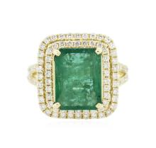 14KT Yellow Gold 5.24 ctw Emerald and Diamond Ring