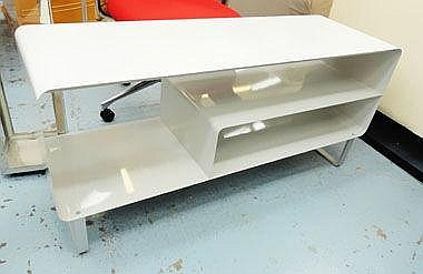 CONSOLE TABLE, Contemporary style, in painted